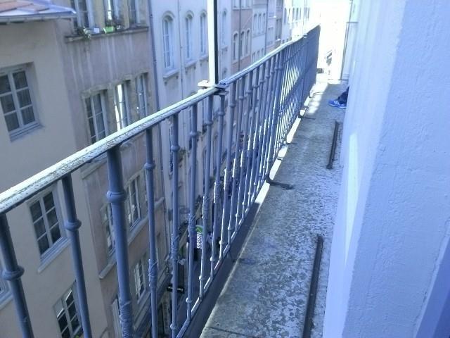 Location appartement Lyon 2ème 954€ CC - Photo 9