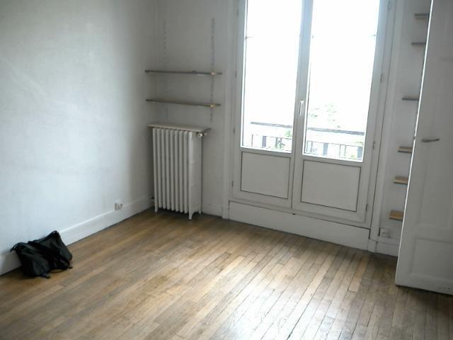 Location appartement Paris 20ème 715€ CC - Photo 1