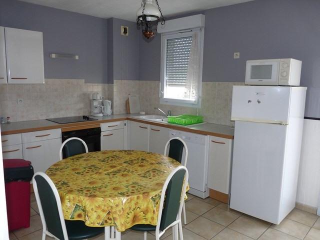 Sale apartment Montrond-les-bains 179000€ - Picture 1