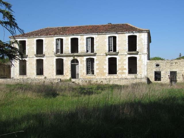 Sale house / villa Asnières-la-giraud 284800€ - Picture 1