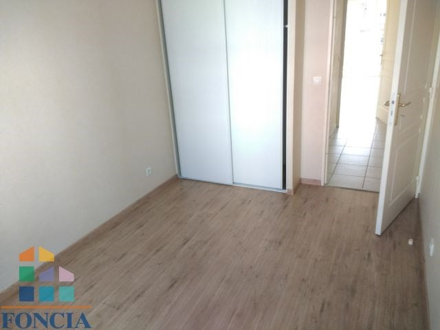 Location appartement Meyzieu 760€ CC - Photo 7