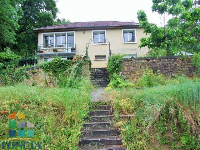 Maison rénovée sur 1230 m²