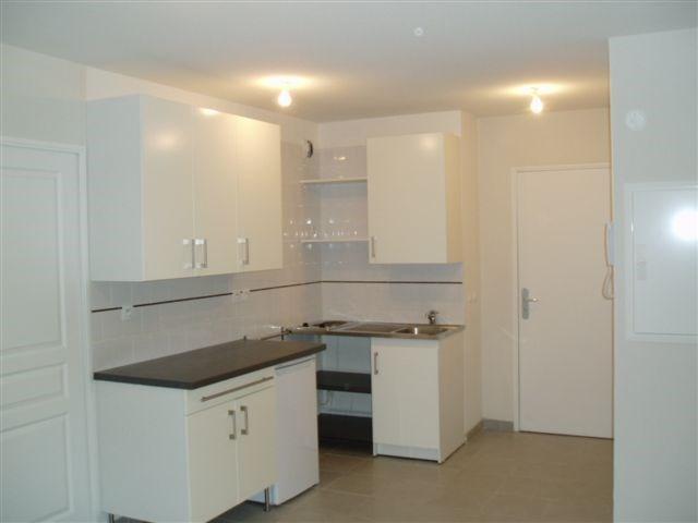 Location appartement Aix en provence 691€ CC - Photo 1