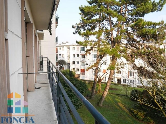Rental apartment Suresnes 2 100€ CC - Picture 8