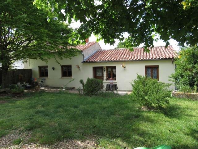 Sale house / villa La jarrie-audouin 85600€ - Picture 1