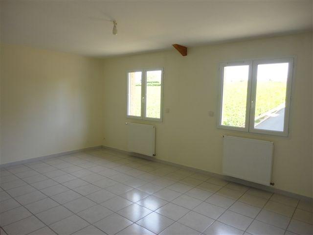 Location appartement Sarcey 563€ CC - Photo 1