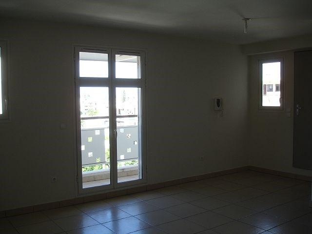 Location appartement St denis 1229€ CC - Photo 5