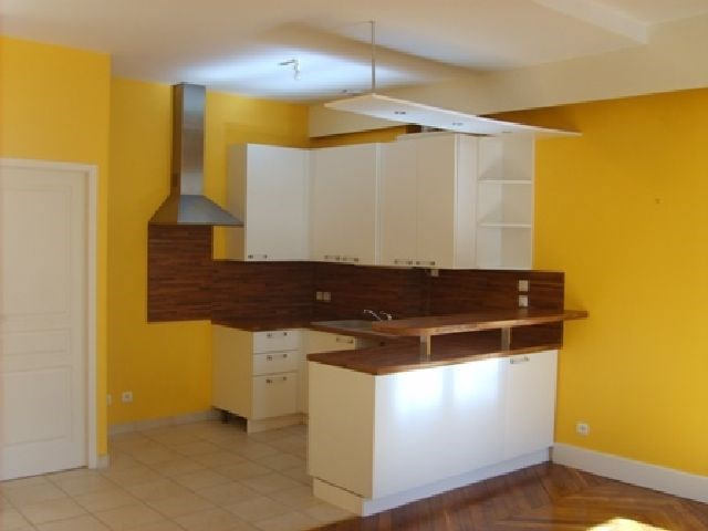 Rental apartment Chalon sur saone 593€ CC - Picture 2