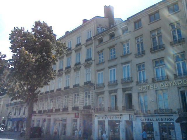 Location appartement Lyon 2ème 2730€ CC - Photo 1
