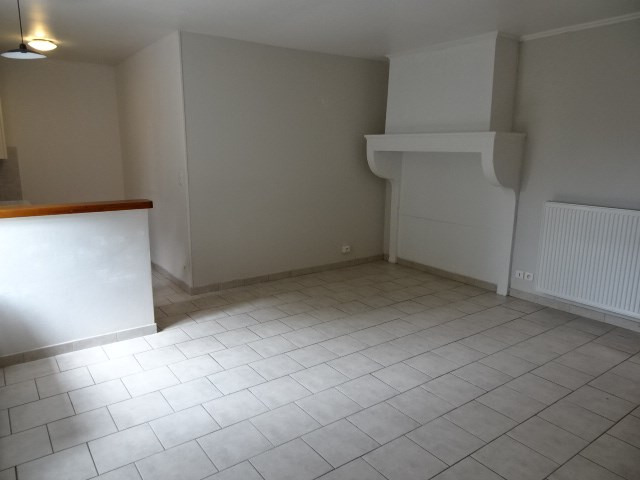 Location appartement Fareins 595,34€ CC - Photo 2