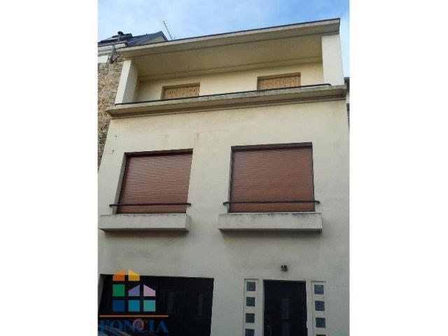 Location maison / villa Suresnes 2 266€ CC - Photo 17