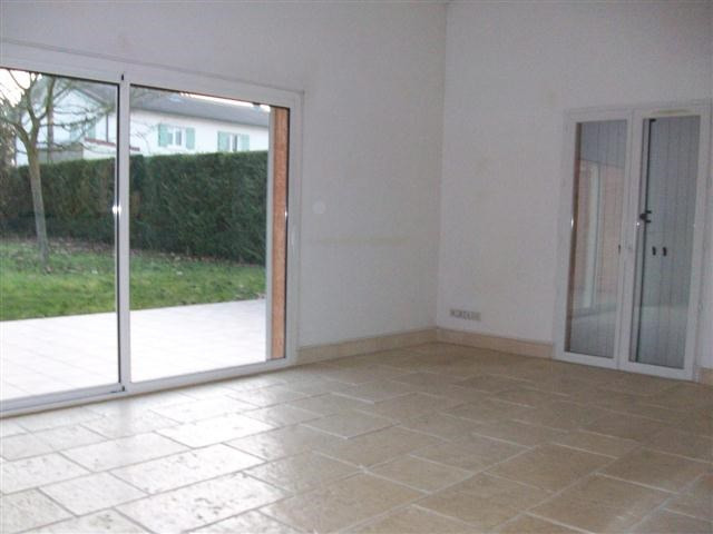 Location maison / villa Lucenay 1 470€ +CH - Photo 3