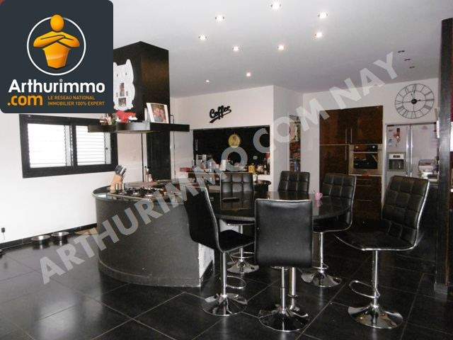 Vente maison / villa Nay 260 000€ - Photo 4