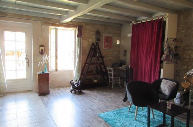 Sale house / villa Bords 243800€ - Picture 5