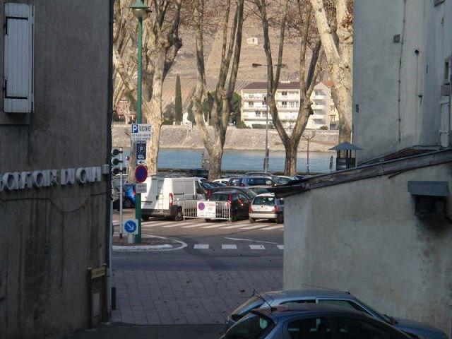 Rental apartment Tournons/rhone 330€ CC - Picture 1