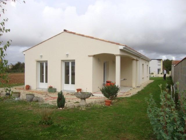 Sale house / villa Ternant 159000€ - Picture 1