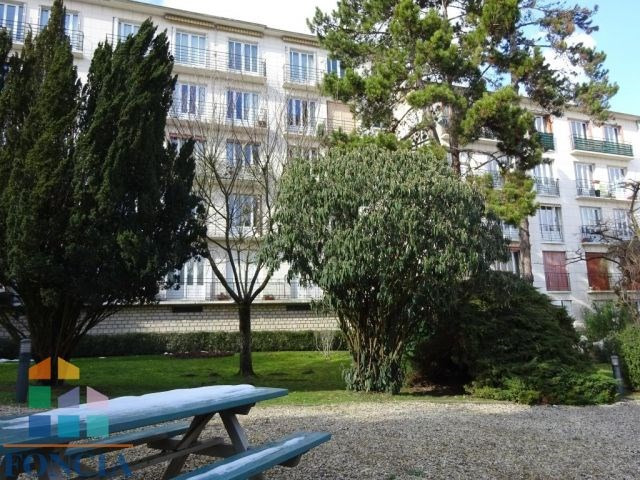 Rental apartment Suresnes 2 100€ CC - Picture 11