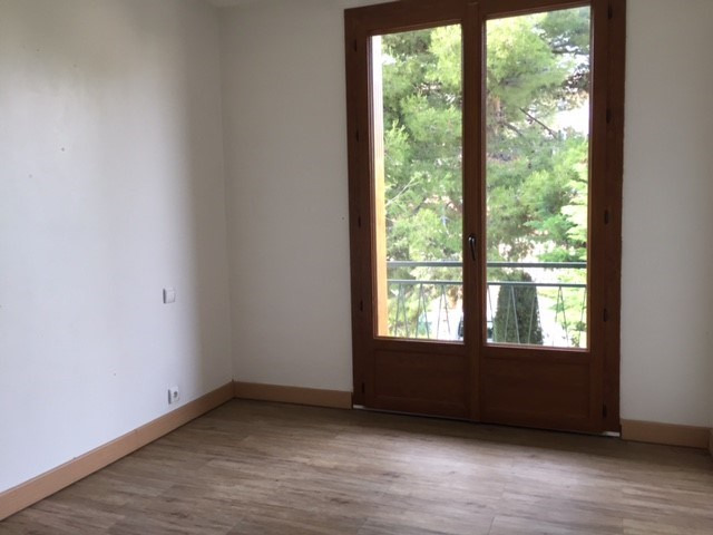 Location appartement Marseille 16ème 721€ CC - Photo 6