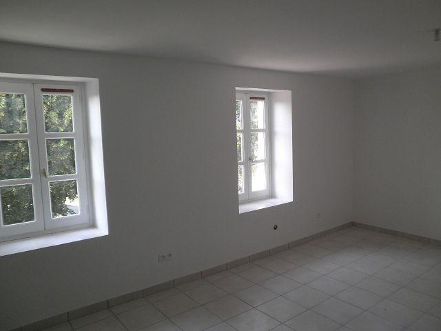 Location appartement Rochetoirin 590€ +CH - Photo 10