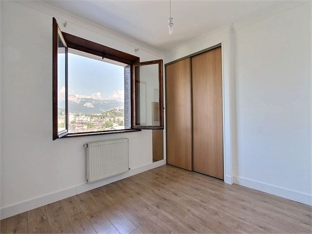 Rental apartment Cran gevrier 735€ CC - Picture 3