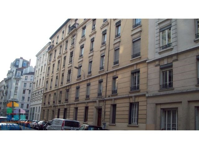 Location appartement Lyon 6ème 893€ CC - Photo 7