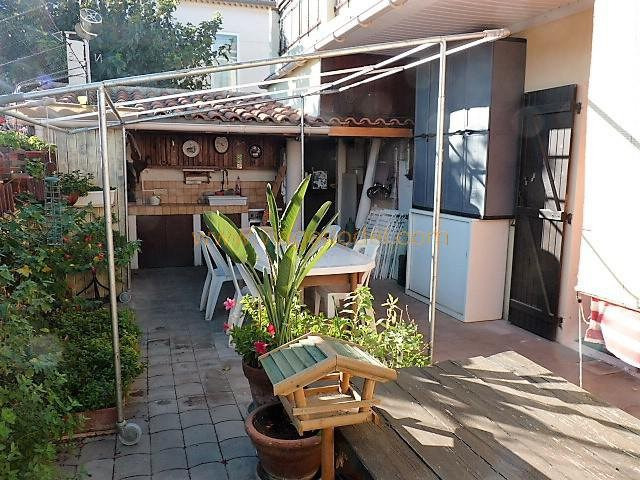 Life annuity apartment Arles 42 000€ - Picture 1