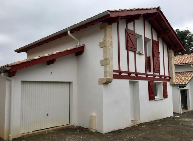 Location maison / villa Hasparren 743€ CC - Photo 1