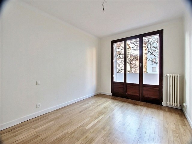 Location appartement Annecy 870€ CC - Photo 3
