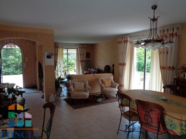 Sale house / villa Bergerac 349 000€ - Picture 4