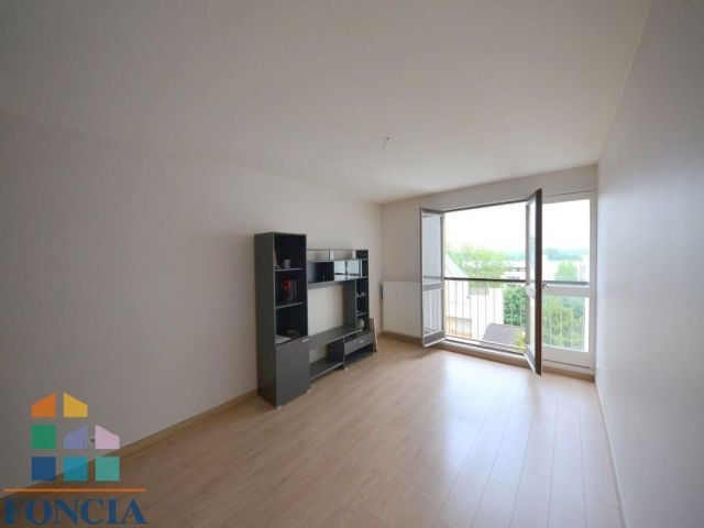Sale apartment Suresnes 291200€ - Picture 1