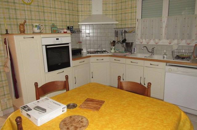 Sale house / villa Champdolent 96300€ - Picture 2