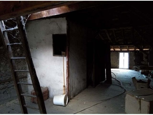 Sale empty room/storage Beaurepaire 160000€ - Picture 9