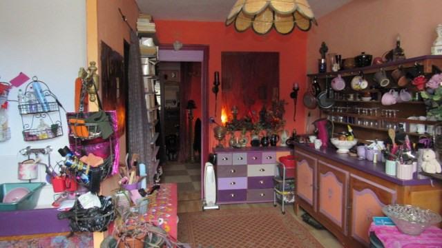 Sale house / villa Saint-jean-d'angély 64500€ - Picture 4