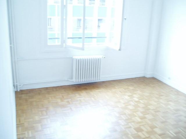 Location appartement Paris 14ème 1206€ CC - Photo 2