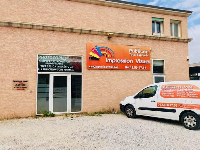 Rental shop Trets 998€ CC - Picture 1