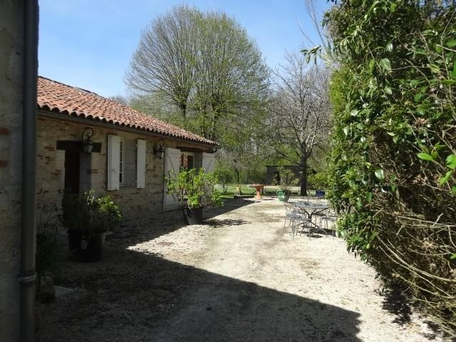 Vente maison / villa Moirax 398 000€ - Photo 2