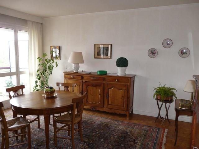 Sale apartment Saint-etienne 120000€ - Picture 3