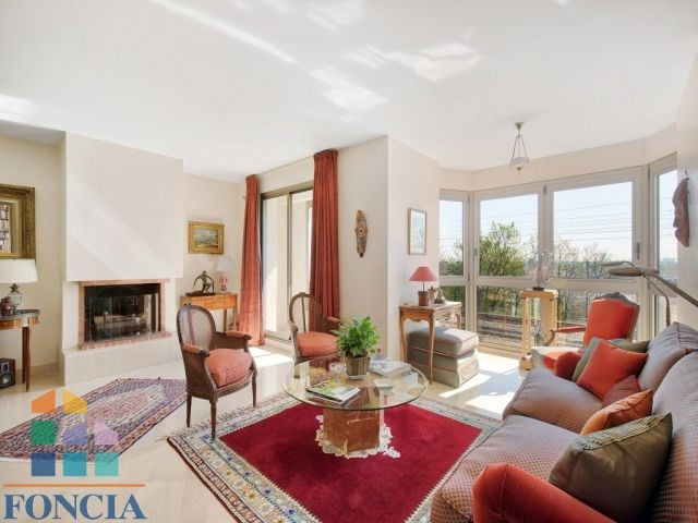 Sale apartment Suresnes 745000€ - Picture 1