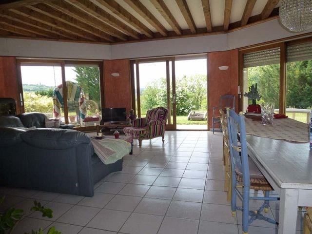 Location maison / villa Montchenu 940€ CC - Photo 4