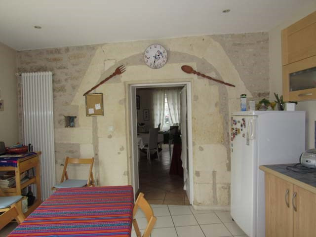 Sale house / villa Saint-jean-d'angély 337 600€ - Picture 6