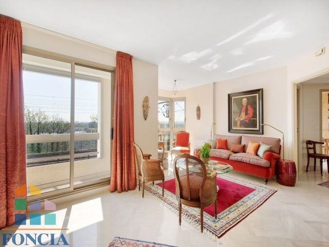 Sale apartment Suresnes 745000€ - Picture 3