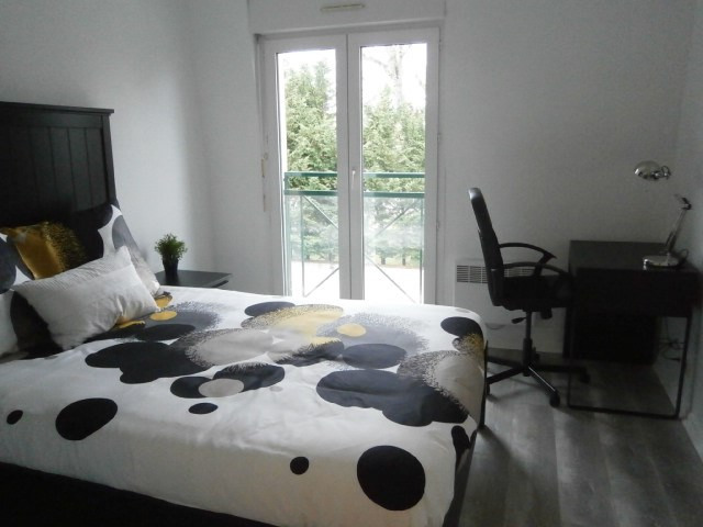 Location appartement Fontainebleau 1 750€ CC - Photo 9