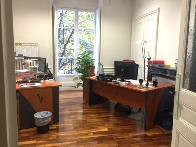 Location bureau Grenoble 2359€ CC - Photo 2