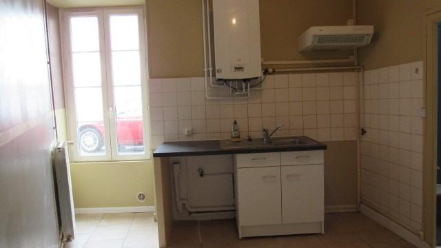 Sale house / villa Saint-jean-d'angély 85500€ - Picture 2