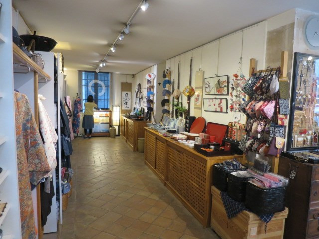 Cession de bail boutique Paris 4ème 320000€ - Photo 3
