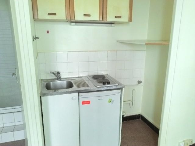 Location appartement Lyon 3ème 430€ CC - Photo 2