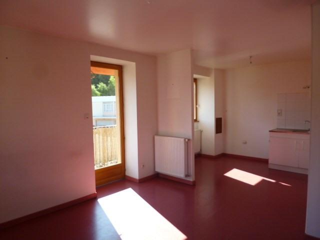 Location appartement Lamure sur azergues 510€ CC - Photo 3