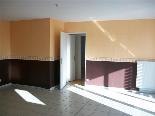 Location appartement Vaulx en velin 860€ CC - Photo 3