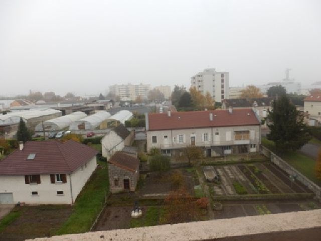 Rental apartment Chalon sur saone 721€ CC - Picture 16
