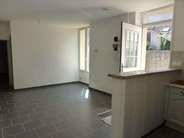 Rental house / villa Bonnieres sur seine 600€ CC - Picture 3